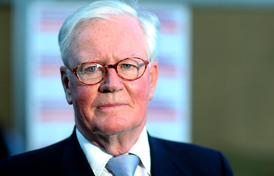 Sir Winfried Bischoff Chairman Financial Reporting Council
